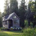 Little House Living: 5 Tips On Downsizing To Fit Your Tiny House 15